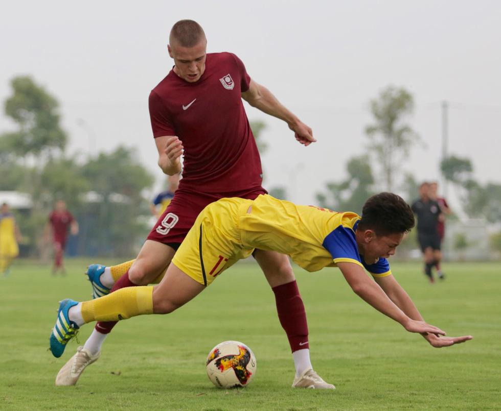 U19 Việt Nam xuất sắc đá bại U19 FK Sarajevo chiều 26-10 - Ảnh 11.