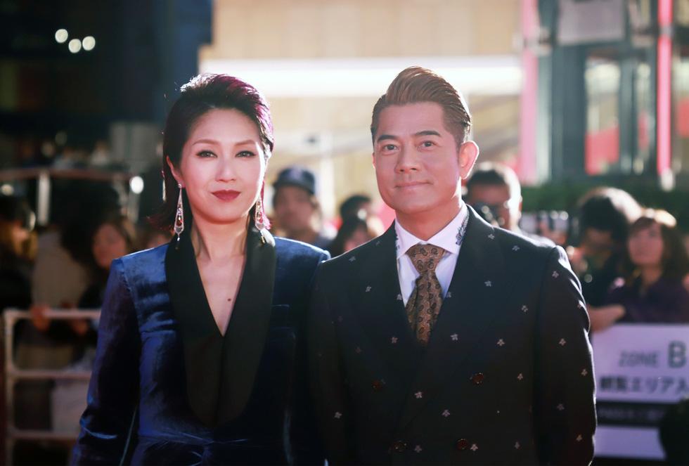 Chương Tử Di, Phan Đăng Di trên thảm đỏ khai mạc Liên hoan phim Tokyo - Ảnh 5.