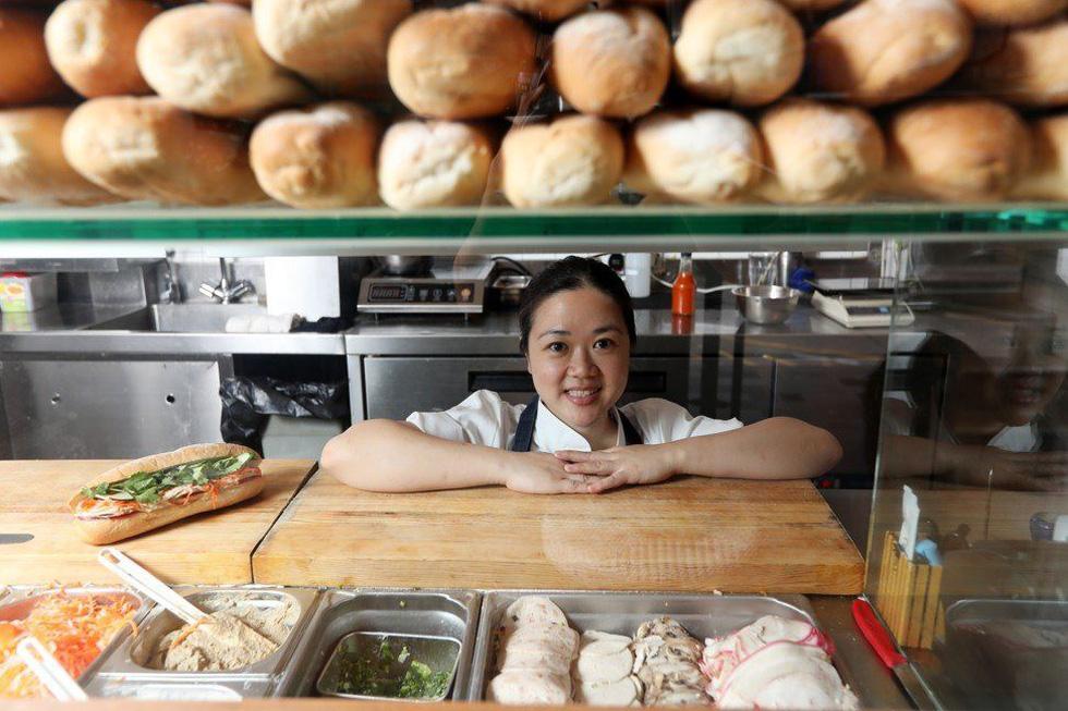 Bánh mì - 'siêu sandwich' Việt Nam chinh phục thế giới lên báo Hong Kong - Ảnh 2.
