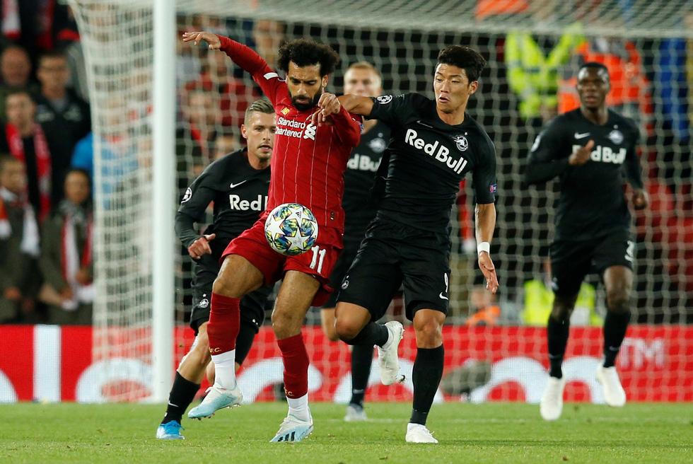 Khoảnh khắc ngôi sao châu Á lừa Van Dijk rồi ghi bàn tại Champions League - Ảnh 8.