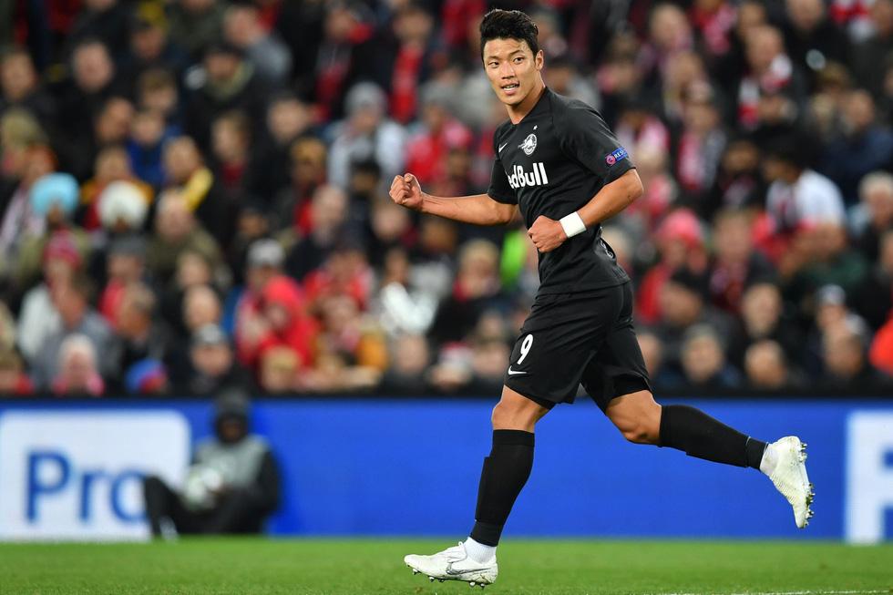 Khoảnh khắc ngôi sao châu Á lừa Van Dijk rồi ghi bàn tại Champions League - Ảnh 6.