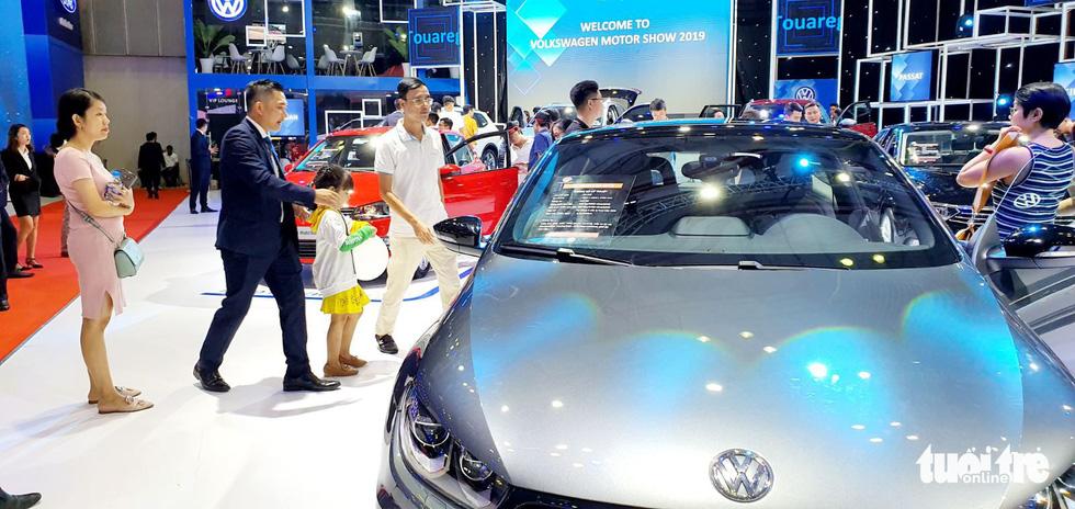 Xe Volkswagen đường lưỡi bò: Doanh nghiệp sai từ đầu hay không cố ý? - Ảnh 1.