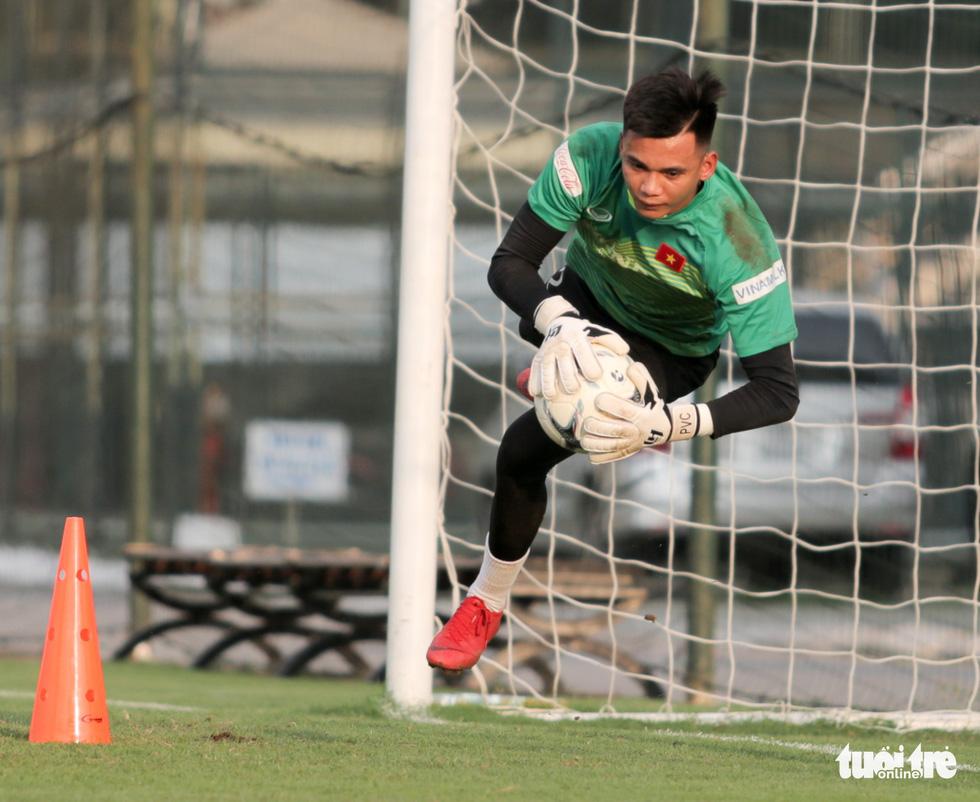 Tuyển Việt Nam thiếu quân tập luyện vì nhóm cầu thủ Hà Nội FC về muộn - Ảnh 10.
