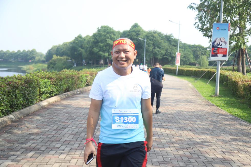 1.000 người đi bộ '5.000 bước chân hạnh phúc' vì bệnh nhân ung thư - Ảnh 7.