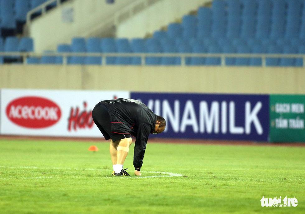 Văn Hậu cùng các tuyển thủ Việt Nam sẵn sàng cho trận thư hùng với Malaysia - Ảnh 1.