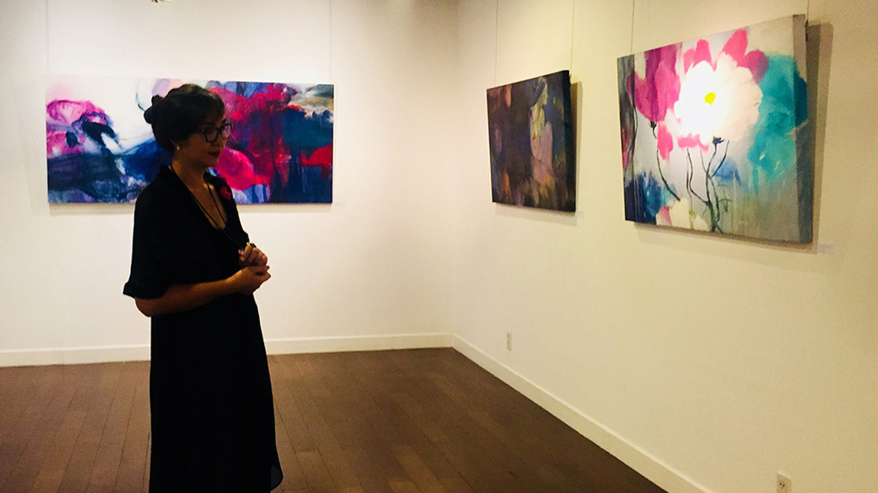 Thưởng lãm tranh và trải nghiệm nghệ thuật số - Ảnh 2.