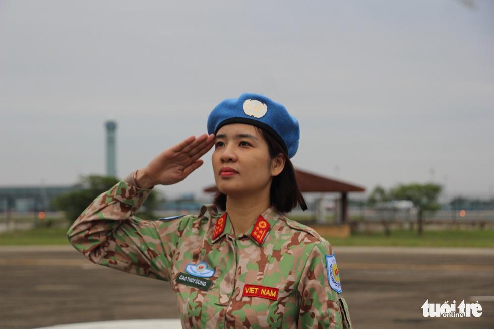 Xúc động giây phút tiễn quân nhân đi gìn giữ hòa bình tại Nam Sudan - Ảnh 12.