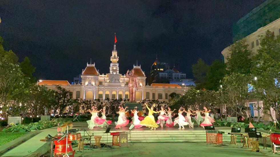 TP.HCM công bố 13 sự kiện văn hóa, lễ hội chờ người dân góp ý - Ảnh 9.