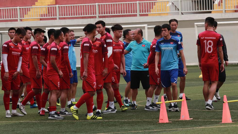5 cầu thủ đá trận gặp Thái Lan tập riêng trong buổi tập của U22 Việt Nam - Ảnh 1.