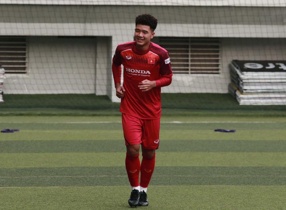 5 cầu thủ đá trận gặp Thái Lan tập riêng trong buổi tập của U22 Việt Nam - Ảnh 8.