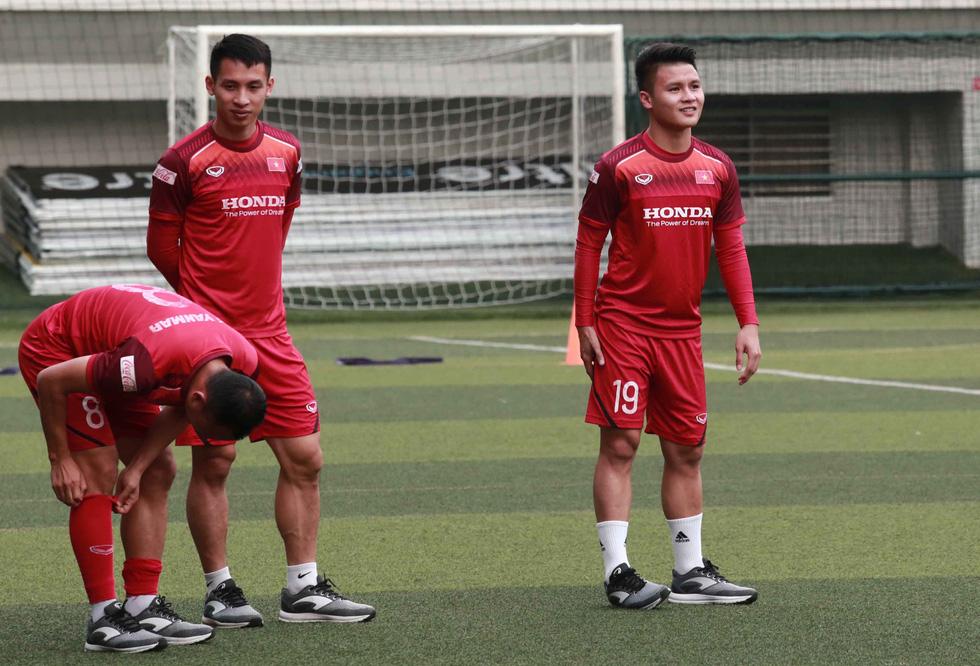 5 cầu thủ đá trận gặp Thái Lan tập riêng trong buổi tập của U22 Việt Nam - Ảnh 2.