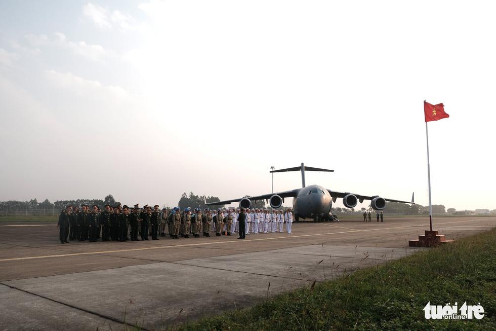 Ngựa thồ C17 Úc đưa quân nhân Việt Nam đi Nam Sudan gìn giữ hoà bình - Ảnh 3.
