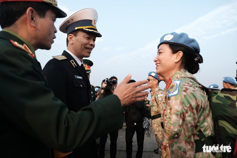 Ngựa thồ C17 Úc đưa quân nhân Việt Nam đi Nam Sudan gìn giữ hoà bình - Ảnh 6.