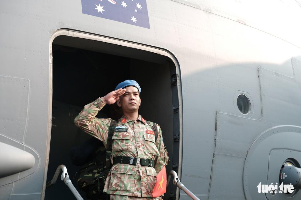 Ngựa thồ C17 Úc đưa quân nhân Việt Nam đi Nam Sudan gìn giữ hoà bình - Ảnh 16.