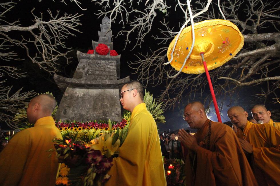 Tưởng niệm 711 năm Phật hoàng Trần Nhân Tông nhập niết bàn - Ảnh 7.