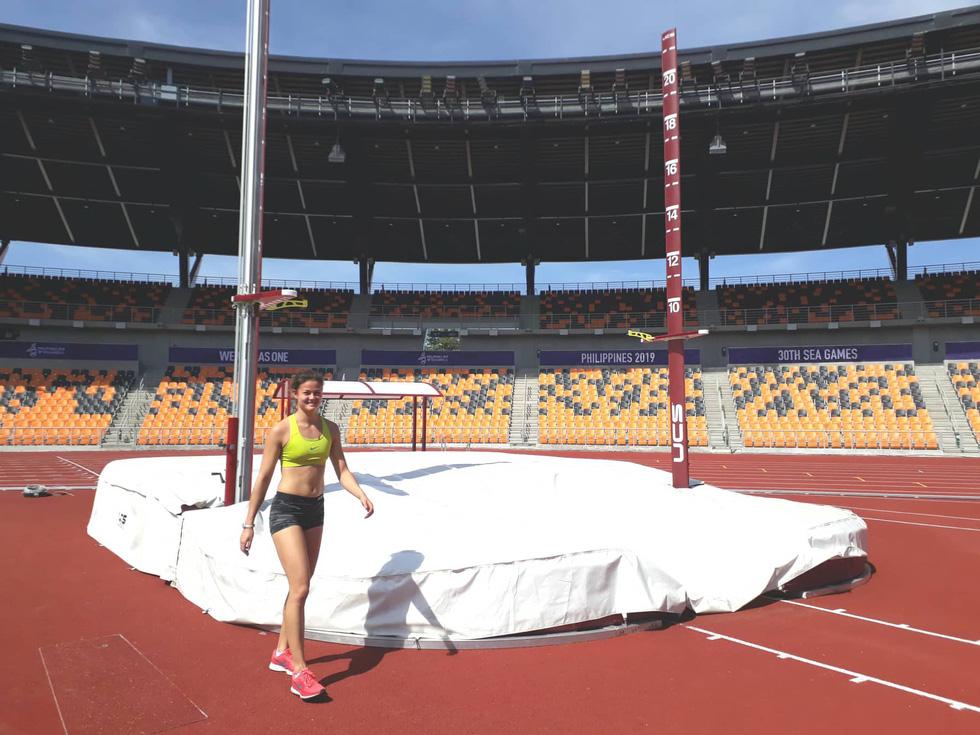 Sân thi đấu điền kinh đẹp long lanh sẵn sàng cho SEA Games 30 - Ảnh 6.
