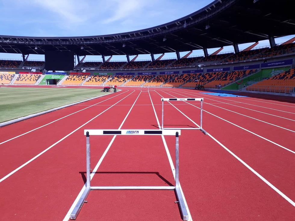 Sân thi đấu điền kinh đẹp long lanh sẵn sàng cho SEA Games 30 - Ảnh 7.