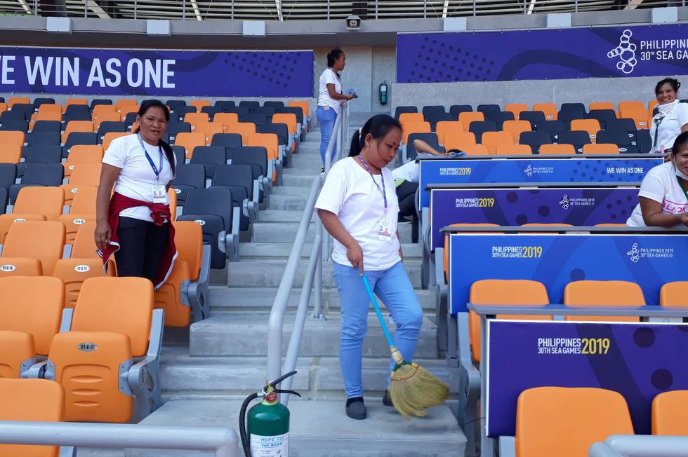 Sân thi đấu điền kinh đẹp long lanh sẵn sàng cho SEA Games 30 - Ảnh 3.