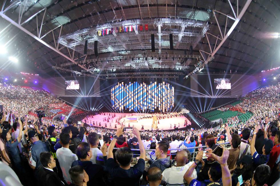 Hoa hậu châu Á - Thái Bình Dương diễu hành cùng đoàn thể thao Việt Nam - Ảnh 10.