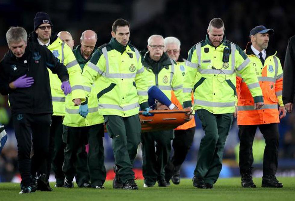 Son Heung Min khóc nức nở sau cú vào bóng khiến cầu thủ Everton gãy chân - Ảnh 12.