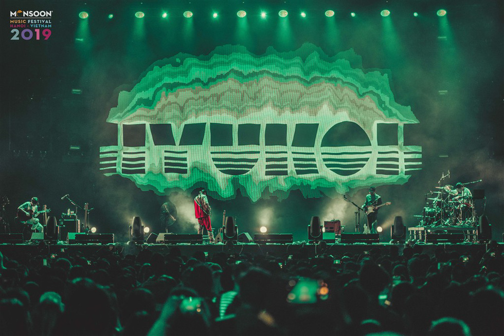 Phút cuối Monsoon: Khán giả níu chân ban nhạc Hàn Quốc Hyukoh - Ảnh 1.