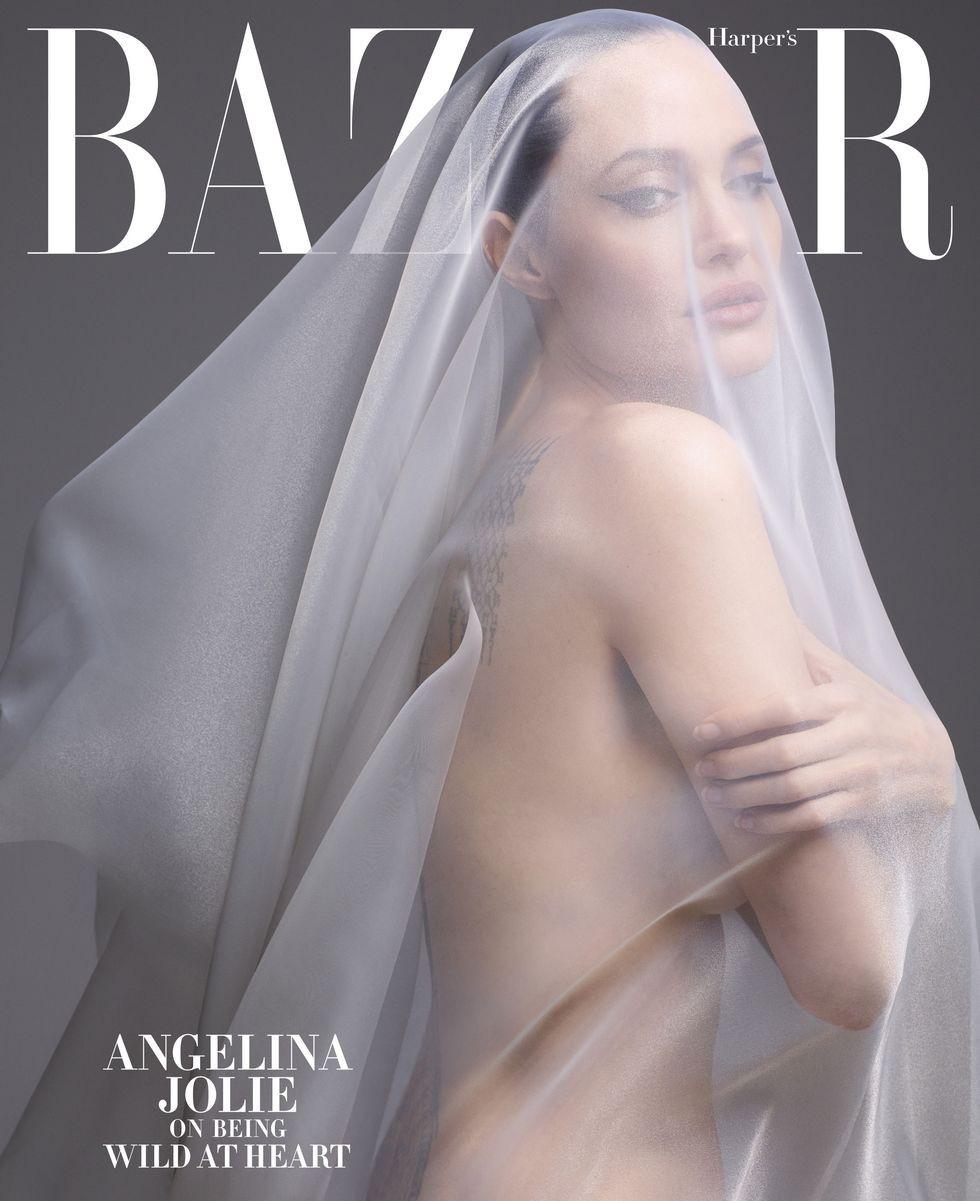 Angelina Jolie bất ngờ khỏa thân trên tạp chí Harpers Bazaar - Ảnh 7.