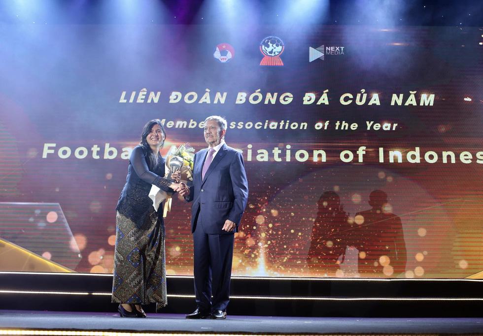 HLV Park Hang Seo, Quang Hải thắng Giải HLV và cầu thủ của năm tại AFF Awards 2019 - Ảnh 13.