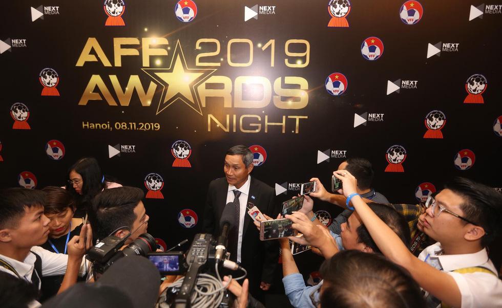 HLV Park Hang Seo, Quang Hải thắng Giải HLV và cầu thủ của năm tại AFF Awards 2019 - Ảnh 21.