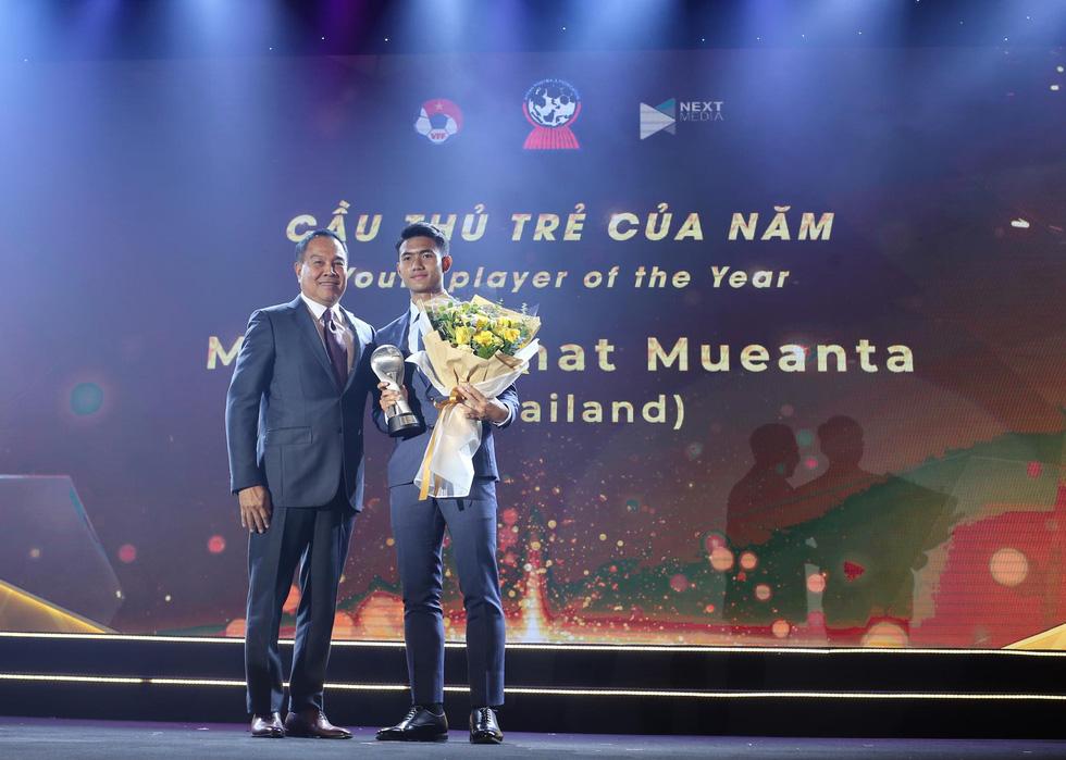 HLV Park Hang Seo, Quang Hải thắng Giải HLV và cầu thủ của năm tại AFF Awards 2019 - Ảnh 15.