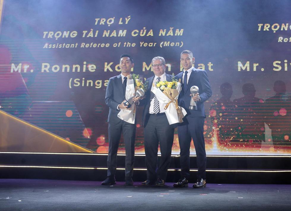HLV Park Hang Seo, Quang Hải thắng Giải HLV và cầu thủ của năm tại AFF Awards 2019 - Ảnh 16.