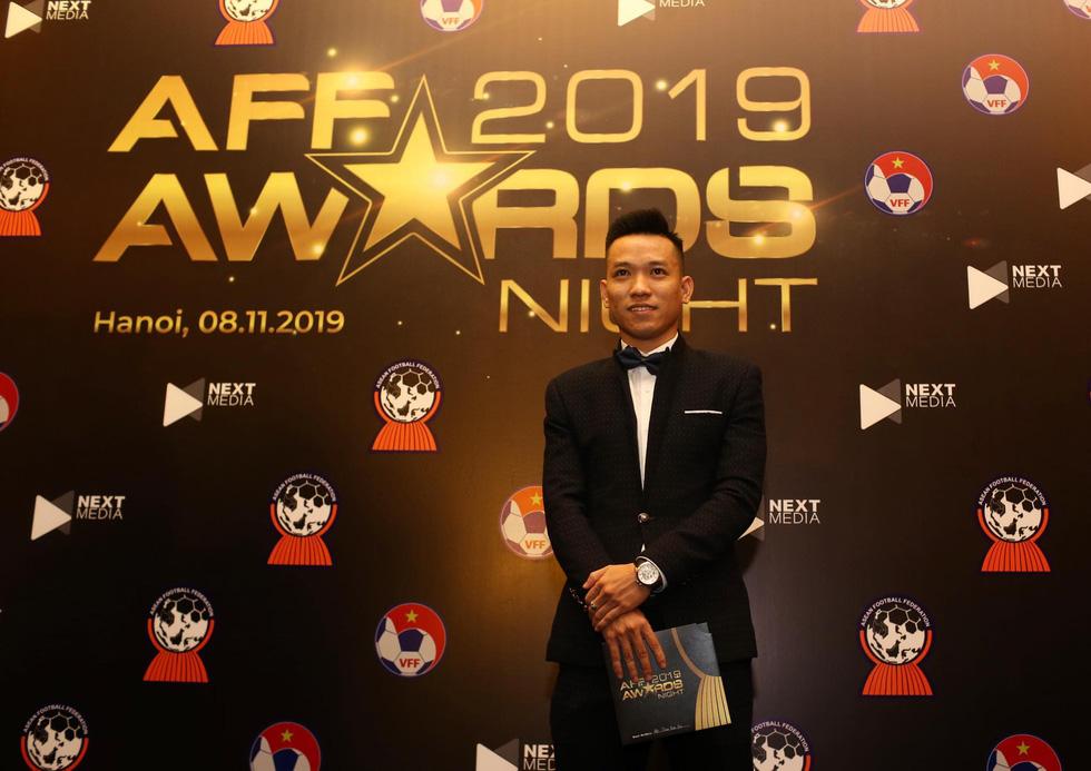 HLV Park Hang Seo, Quang Hải thắng Giải HLV và cầu thủ của năm tại AFF Awards 2019 - Ảnh 27.