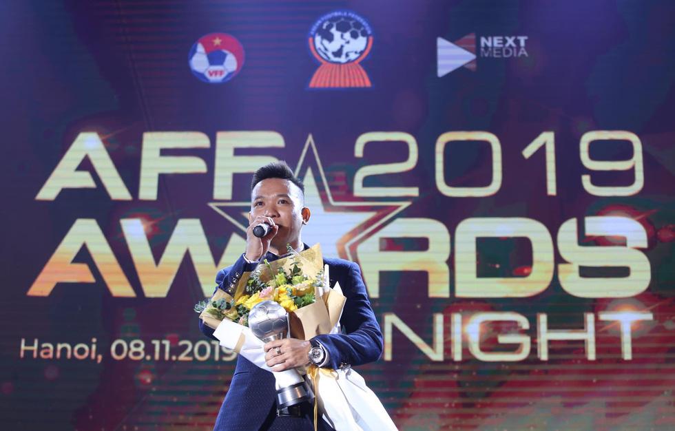 HLV Park Hang Seo, Quang Hải thắng Giải HLV và cầu thủ của năm tại AFF Awards 2019 - Ảnh 14.
