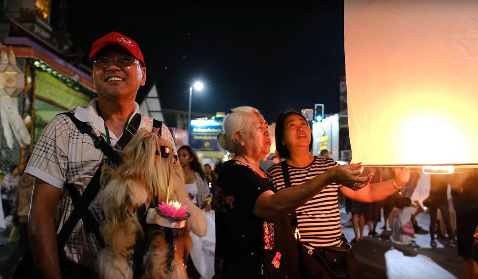 Lo máy bay vướng đèn trời, Thái Lan hủy hàng trăm chuyến bay - Ảnh 3.