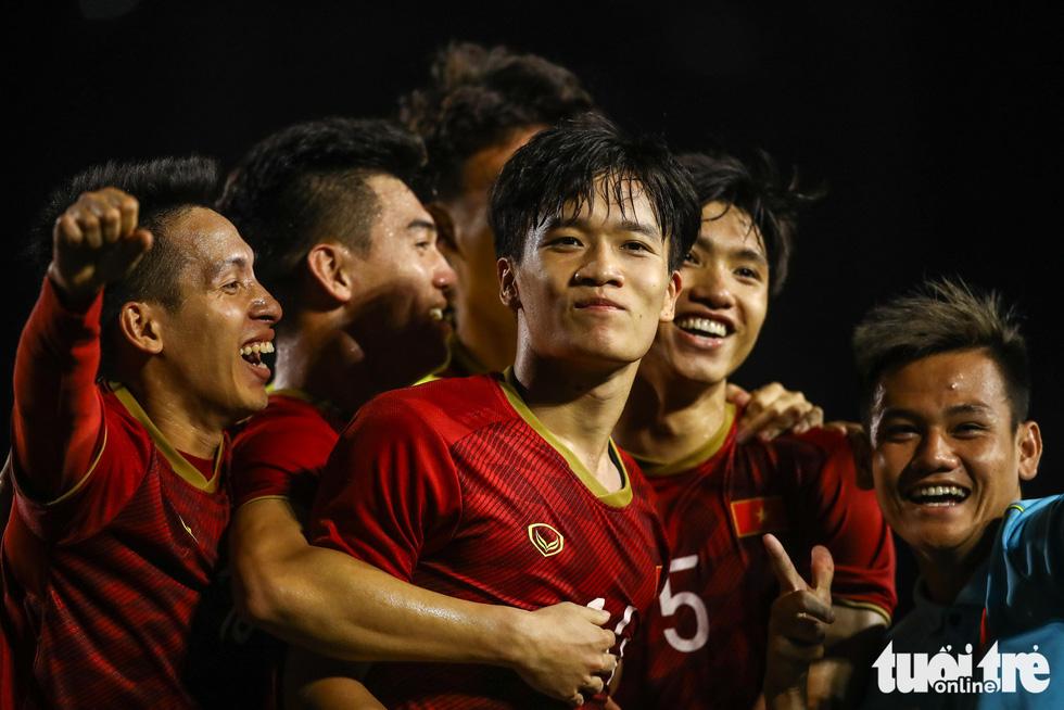 Những tình huống nghẹt thở trong trận thắng của U22 Việt Nam trước U22 Indonesia - Ảnh 2.