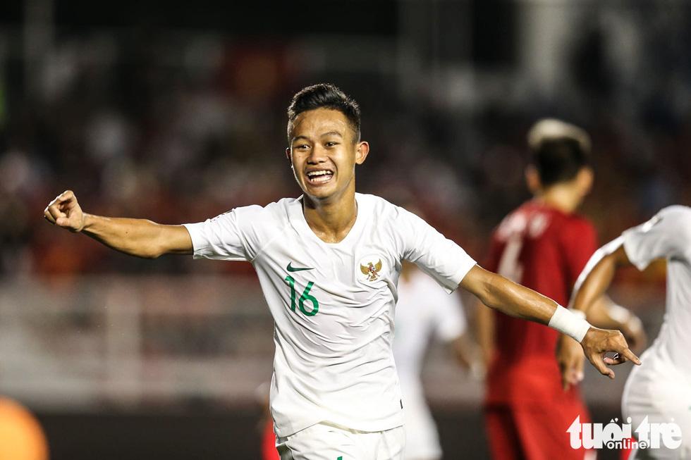 Những tình huống nghẹt thở trong trận thắng của U22 Việt Nam trước U22 Indonesia - Ảnh 6.