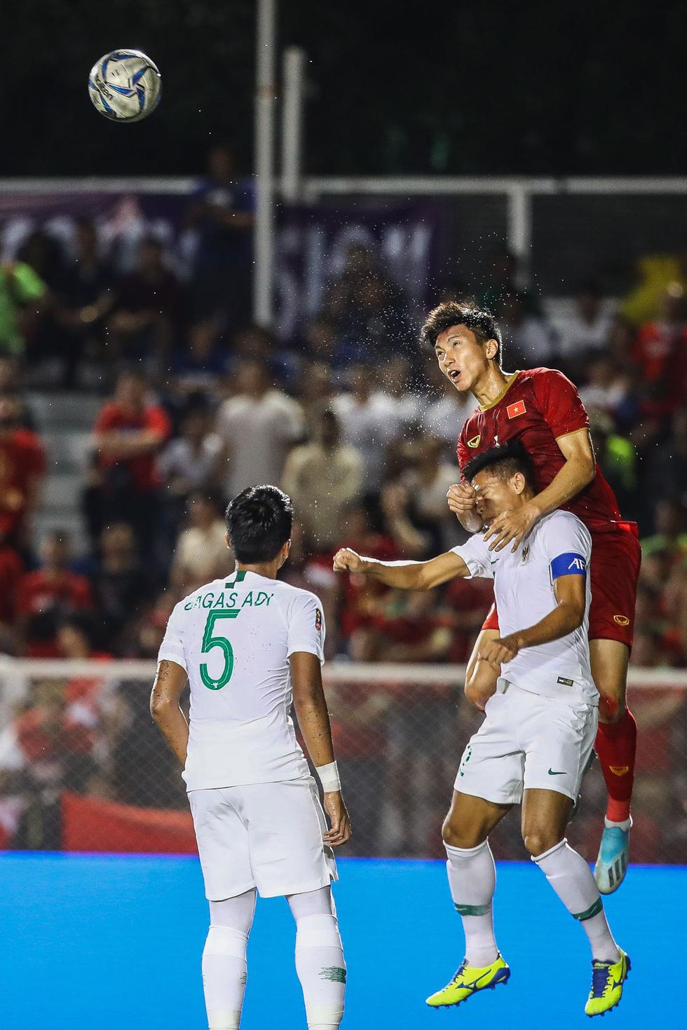 Những tình huống nghẹt thở trong trận thắng của U22 Việt Nam trước U22 Indonesia - Ảnh 10.