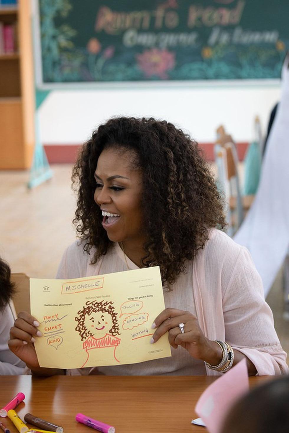 Bà Obama, Ngô Thanh Vân, Julia Roberts... cười hết cỡ ở Long An - Ảnh 7.