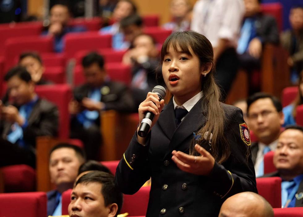 Thủ tướng Nguyễn Xuân Phúc: Sau chiến thắng bóng đá là ý chí cả dân tộc - Ảnh 6.