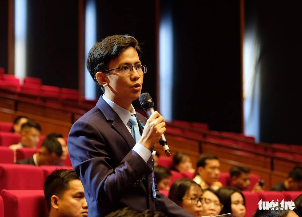 Thủ tướng Nguyễn Xuân Phúc: Sau chiến thắng bóng đá là ý chí cả dân tộc - Ảnh 3.