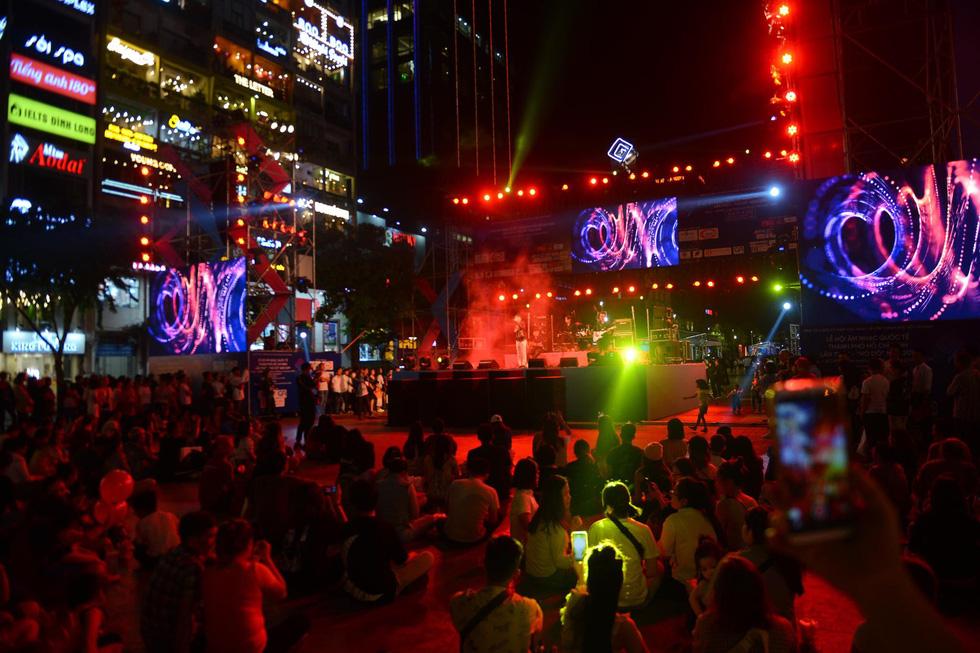 Lễ hội âm nhạc quốc tế TP.HCM khai màn hứng khởi và hấp dẫn  - Ảnh 8.
