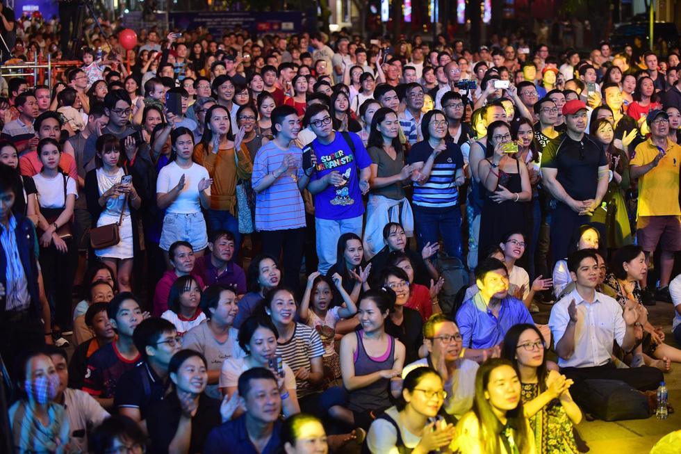 Lễ hội âm nhạc quốc tế TP.HCM khai màn hứng khởi và hấp dẫn  - Ảnh 9.