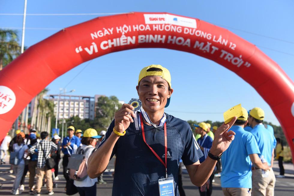 Hơn 1,5 tỉ đồng ủng hộ bệnh nhi ung thư tại Ngày hội Hoa hướng dương 2019 - Ảnh 8.