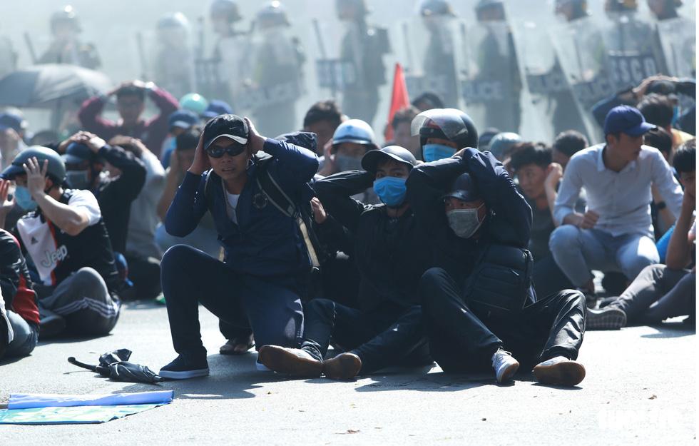 TP.HCM diễn tập xử lý các tình huống tụ tập biểu tình, bắt cóc, khủng bố - Ảnh 4.