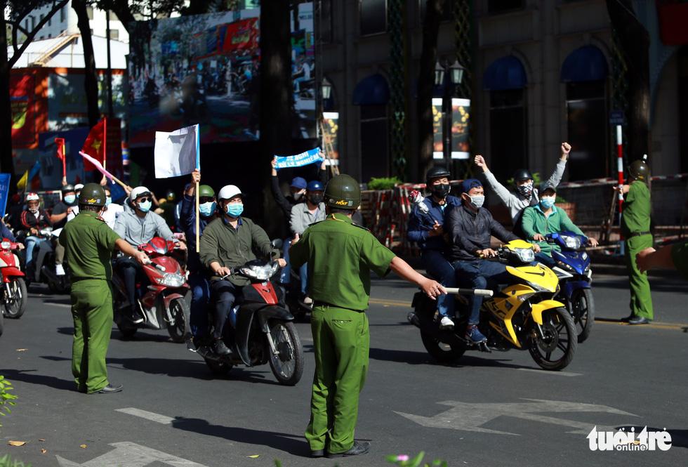 TP.HCM diễn tập xử lý các tình huống tụ tập biểu tình, bắt cóc, khủng bố - Ảnh 8.