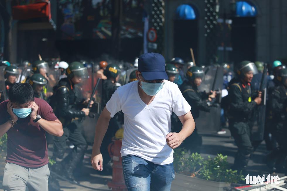 TP.HCM diễn tập xử lý các tình huống tụ tập biểu tình, bắt cóc, khủng bố - Ảnh 2.