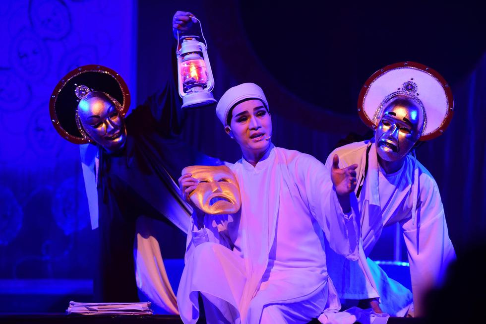 Sân khấu 2019: Khan kịch bản hay, khán giả giảm, sàn diễn thu hẹp - Ảnh 8.