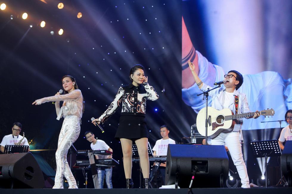 200 nghệ sĩ khắp thế giới, 20.000 khán giả: Hò dô xứng danh lễ hội âm nhạc quốc tế - Ảnh 4.