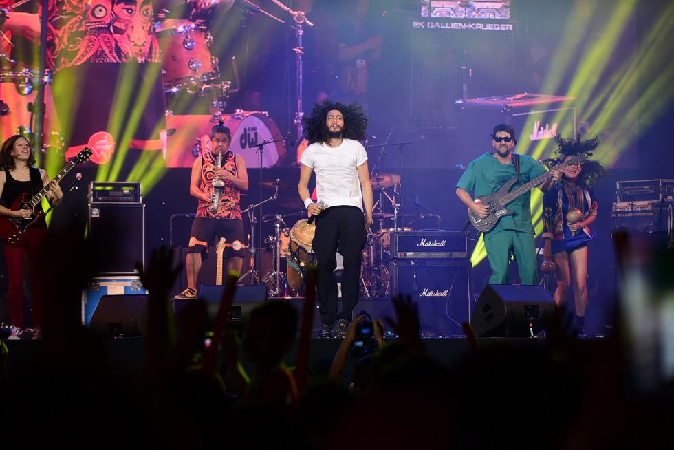 200 nghệ sĩ khắp thế giới, 20.000 khán giả: Hò dô xứng danh lễ hội âm nhạc quốc tế - Ảnh 6.