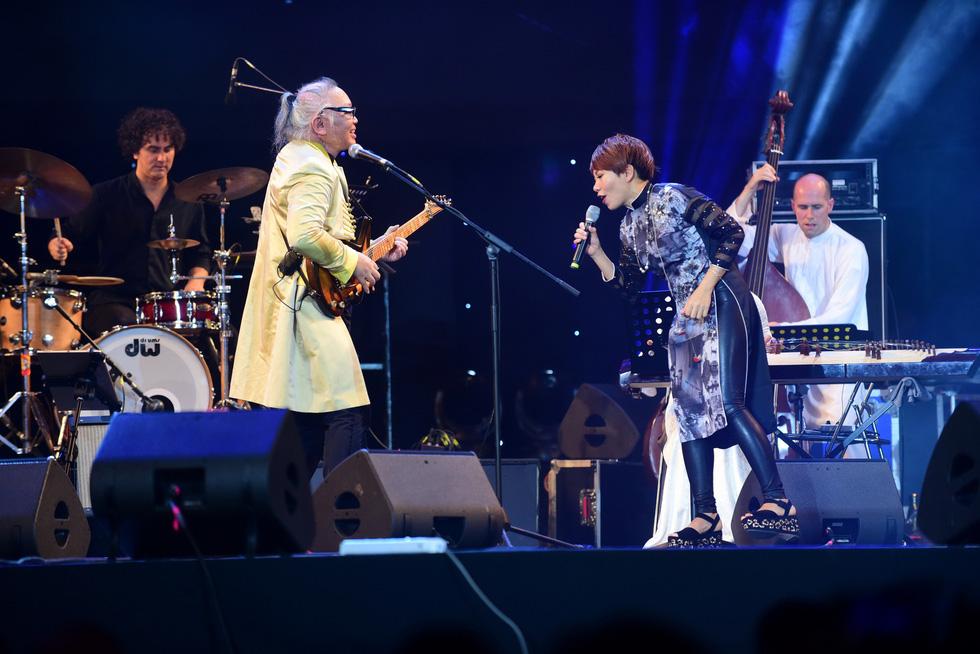 200 nghệ sĩ khắp thế giới, 20.000 khán giả: Hò dô xứng danh lễ hội âm nhạc quốc tế - Ảnh 7.