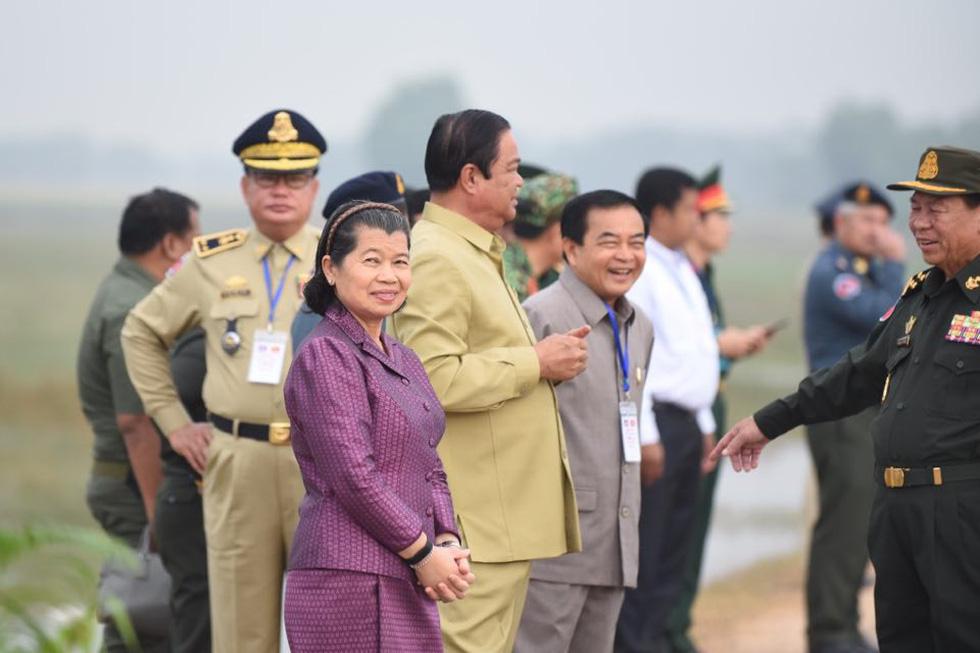 2.000 binh sĩ và người dân Việt Nam và Campuchia diễn tập cứu nạn tại biên giới - Ảnh 12.